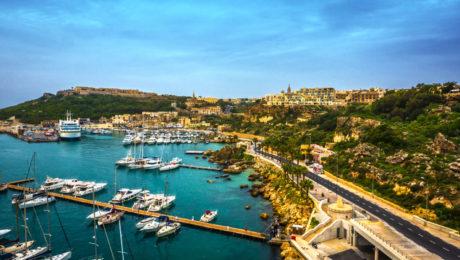 Vuelo + 3 noches de hotel 4 * en Gozo