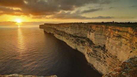 Vuela a Malta desde Valencia