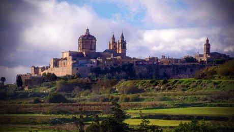 Descubre Malta con Transrutas